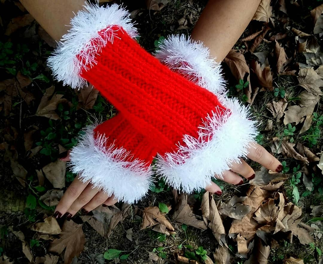 stylish-and-easy-crochet-gloves-with-fingers-pattern-images-for-2019